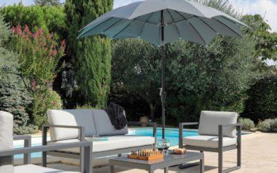 Les caractéristiques et avantages d'un parasol droit