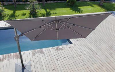 Parasol déporté haut de gamme: 5 choses à savoir avant d'acheter votre parasol